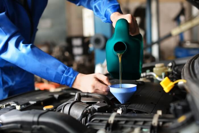 Buying engine oil from ADDINOL: Which engine oil is right
