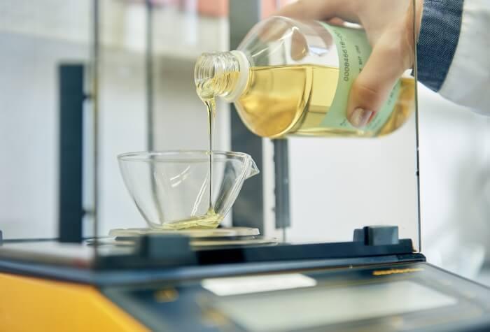 hydraulik l druckfluide f r industriemaschinen von addinol. Black Bedroom Furniture Sets. Home Design Ideas