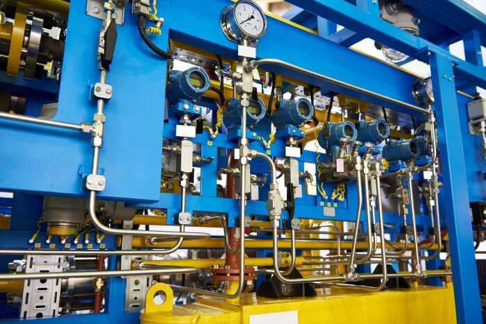 The gas-oil heat exchanger works with heat transfer oils
