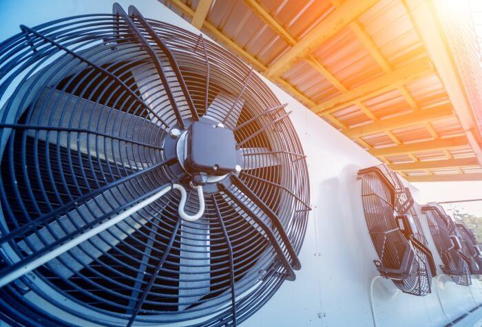 Großer Ventilator für Industriemaschinen